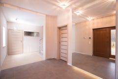 门厅和光走廊 免版税图库摄影