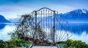 门向日内瓦湖 免版税库存照片