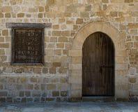 门和窗口在一座老城堡在亚历山大 库存图片
