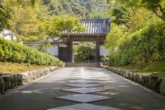 门在公园在京都,日本 免版税库存图片