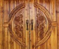 门形式木头 免版税图库摄影