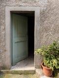门户开放主义一个老房子在克罗地亚 免版税库存图片
