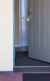 门户开放主义入口对房子 图库摄影