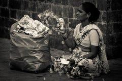 门户的卖主向印度,孟买,印度 免版税库存图片