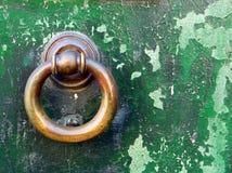 门敲门人 图库摄影