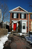 门红色连栋房屋 库存图片