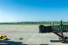 门袖子在机场 免版税库存图片