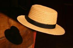 门诺派中的严紧派的浮动的帽子 库存照片