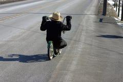 门诺派中的严紧派的自行车 库存图片