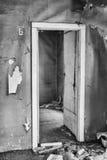 门道入口在老房子里 免版税图库摄影