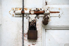 门闩锁定 免版税库存图片