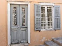 门面在埃尔穆波利锡罗斯岛,希腊 图库摄影