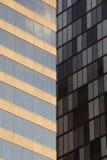 门面玻璃窗两修造(多伦多,加拿大) 库存图片