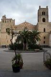 门面monreale西西里岛 免版税库存照片