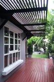 门廊一个放松房子的角落 免版税图库摄影
