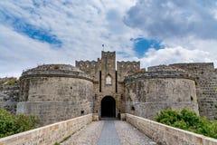 门d'Amboise在罗得岛,希腊 库存图片
