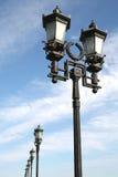 闪亮指示莫斯科老街道时间 库存图片