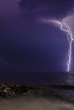 闪电和岩石 免版税图库摄影