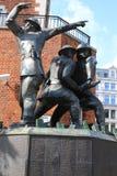 闪电战消防队员雕象 库存照片