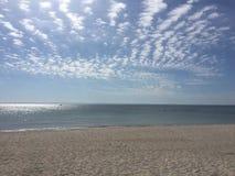 闪耀的海的一张浪漫照片 免版税库存图片
