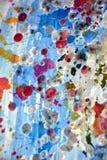 闪耀的银色桃红色蓝色水彩飞溅,绘抽象创造性的背景 免版税库存图片