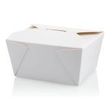 闭合的白色未贴标签的纸板食物箱子 库存照片