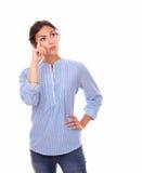 问可爱的妇女问题 免版税库存图片