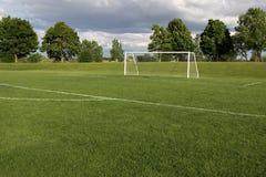 闲置间距的足球 库存图片