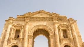 主闸Hadrian ` s曲拱在杰拉什在约旦 库存图片