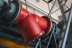 阀门和管道系统在工厂设备 免版税库存图片