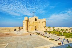 阅兵场在Qaibay城堡,亚历山大,埃及 图库摄影