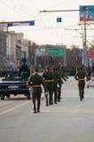 仪仗队在一次军事游行的 免版税库存图片