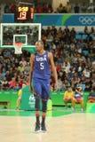 队美国的奥林匹克冠军凯文・杜兰特在行动的在小组A在队美国和澳大利亚之间的篮球比赛 免版税库存照片