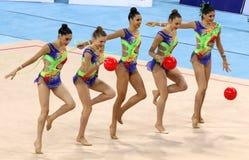 队西班牙节奏体操 免版税库存图片