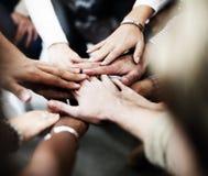 队配合加入手合作概念 免版税图库摄影