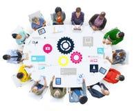 队配合嵌齿轮功能技术企业概念 免版税库存照片