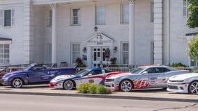队Penske官员Indy 500辆开路车,伍德沃德梦想巡航, 免版税库存图片