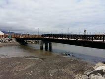 防堤新的桥梁 库存照片