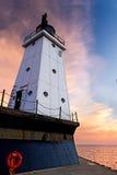 防堤轻的ludington北部日落 免版税库存图片