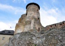 防御和老Lubovna,斯洛伐克,欧洲的老塔 库存照片