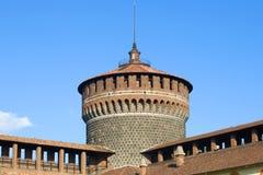 防御塔Torrione del Carmine特写镜头的上面 castello米兰sforzesco 库存照片