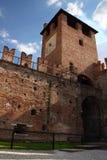 防御时钟意大利老塔维罗纳 库存图片