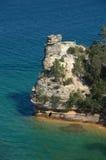 防御湖岸矿工国家被生动描述的岩石s 免版税库存图片