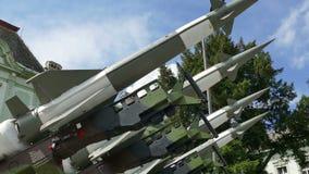 防御的导弹对来自空气的攻击 股票录像