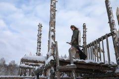 防御者邮件装甲的年轻战士 图库摄影
