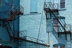 防火梯&老大厦多伦多,加拿大 免版税库存照片