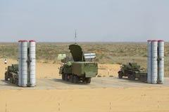 防空导弹复杂S-300 (SA-10埋怨) 图库摄影