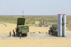 防空导弹复杂S-300 (SA-10埋怨) 库存照片