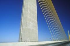 阳光Skyway桥梁在坦帕湾,佛罗里达 库存图片