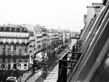 巴黎阳台在冬天 库存照片